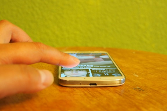 The Galaxy S4 features a slim, lightweight plastic design.