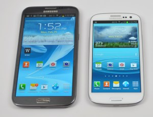 Rumors peg the Samsung Galaxy Note 2 Android 4.2.2 and Galaxy S3 Android 4.2.2 Updates for May or June.