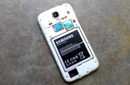 Here are 5 tips to get better Samsung Galaxy S4 battery life.