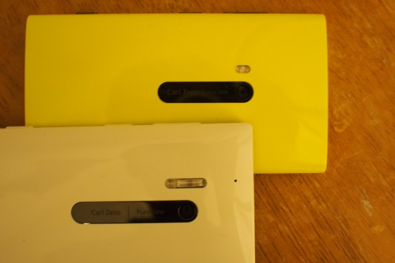 Front: Lumia 928 with Xenon flash and single LED auto-focus assist lamp for Verizon; Rear: Yellow Lumia 920 with dual-LED flash on AT&T