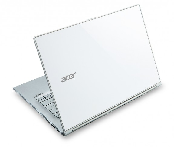 The new Acer Aspire S7-392, a follow up to last year's Aspire S7 ultrabook.