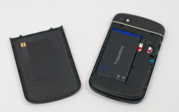 BlackBerry Q10 Review -  011