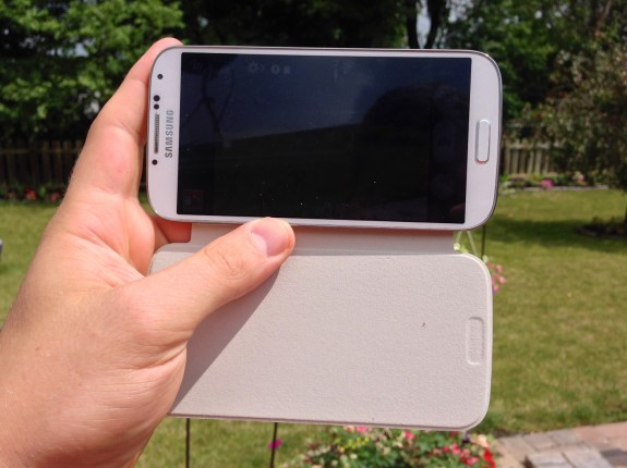 Samsung Galaxy S4 Flip Cover Review -  003