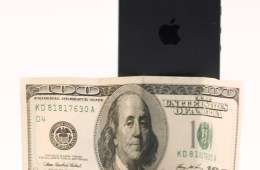 Expect a $100 iPhone 5 price drop when the iPhone 5S arrives.