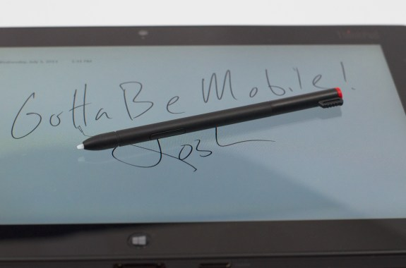 The ThinkPad Tablet 2 pen includes a small button for added features.