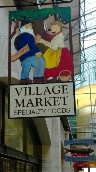 In this image, I zoomed in, and then captured the photo, framing the Vilage Market signage. If this was a point-and-shoot, I wouldn't be able to zoom out from this photo after I had taken it.