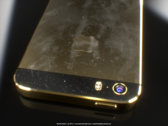 Kuo expects a dual-led flash on a gold iPhone 5S. Image via Martin Hajek.