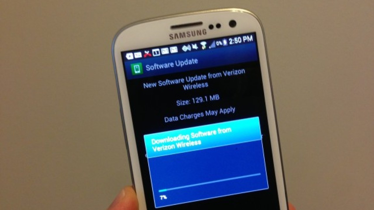 Galaxy S4, Galaxy S3 Android 4 3 Update Problems Bring Out