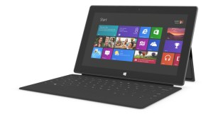 en-INTL_L_Surface_WinRT_32GB_Bundle_9HR-00001_RM3_mnco