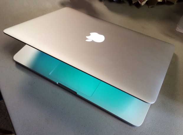 13-inch Macbook Pro Retina Haswell Video