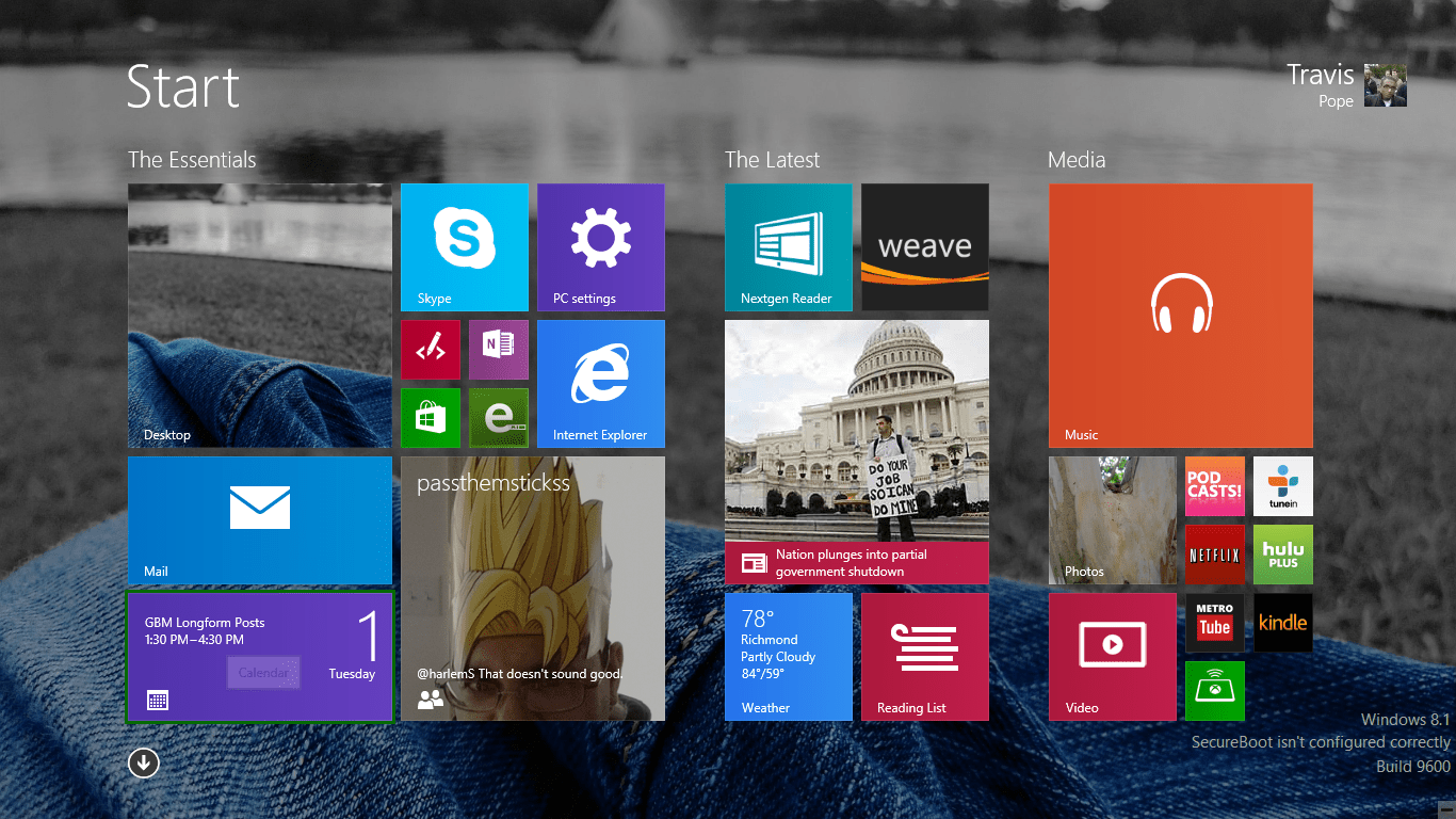 How to Add a Background to the Start Screen in Windows 8.1