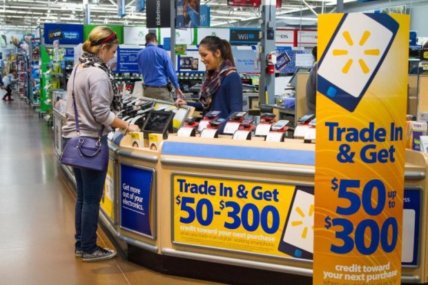 The Walmart iPhone 5s Black Friday deal may lure in some shoppers.