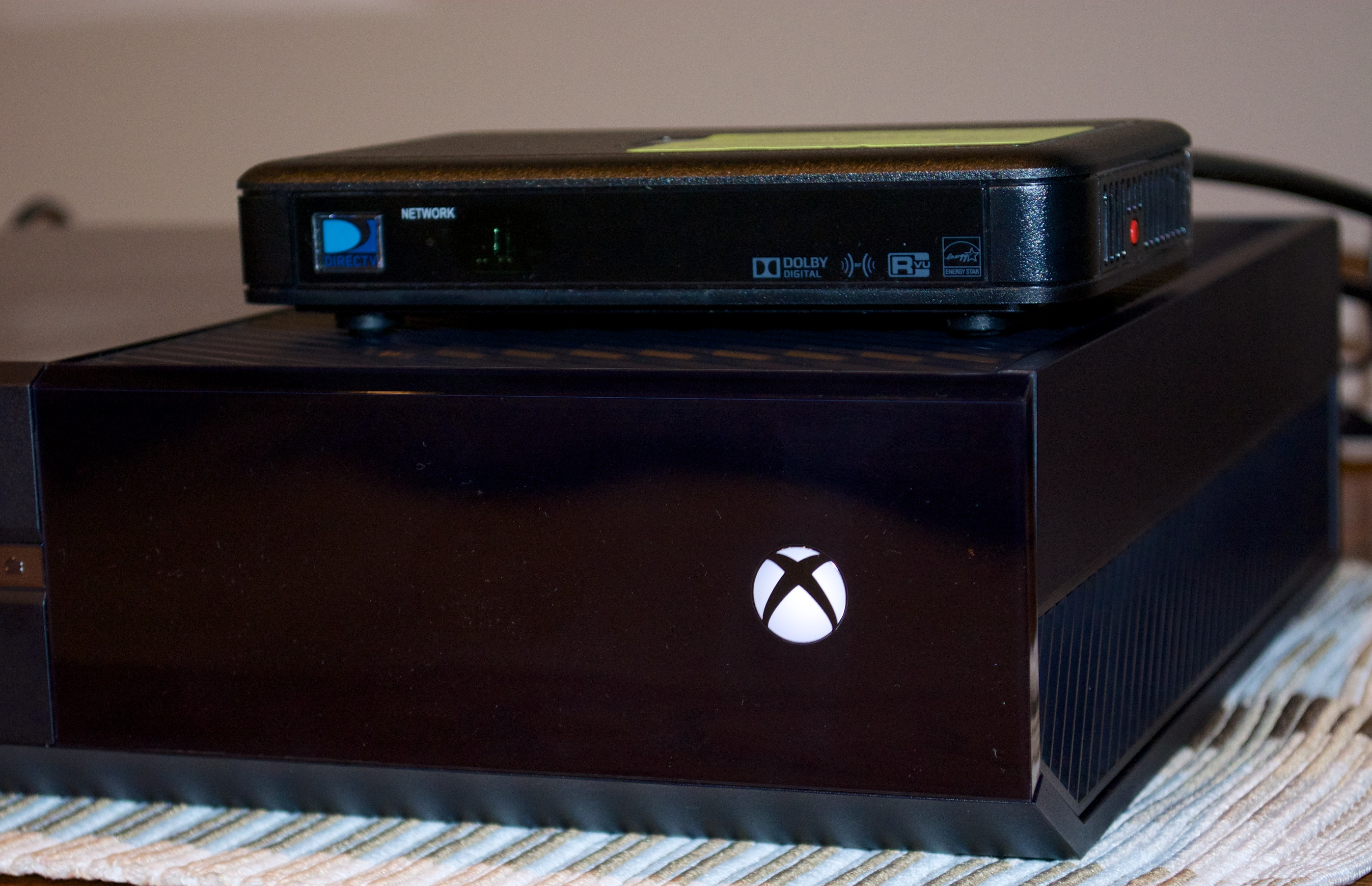 PS4 Vs Xbox One 7 Things Buyers Need To Know