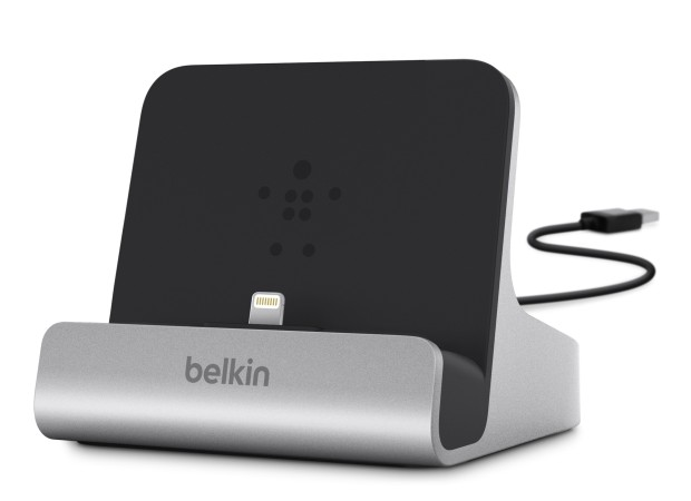 Belkin Charge and Sync Docks for iPhone 5/5s and Samsung Galaxy S4