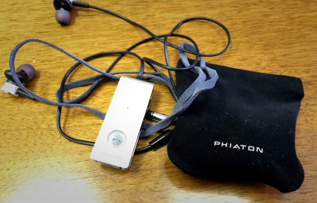 Phiaton BT 220 NC  accessories