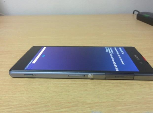 Sony-D6503-Leak_4-640x473