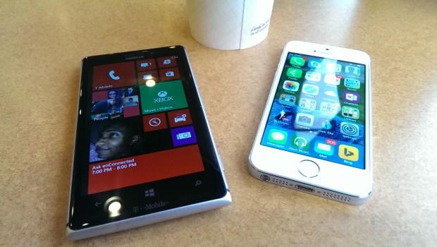 Apple iPhone 5s vs. Nokia Lumia 925 What To Buy (1)