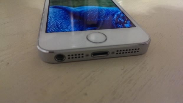 Apple iPhone 5s vs. Nokia Lumia 925 What To Buy (15)
