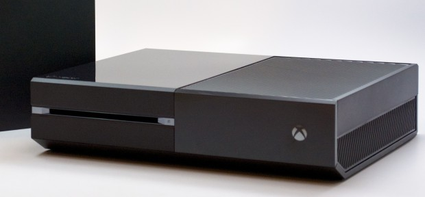 Xbox One Deals arrive with savings on accessories, the Xbox One and Halo for Xbox One.