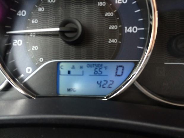 toyota corolla fuel economy