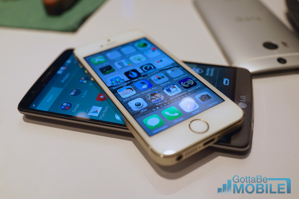 LG G3 vs iPhone 5s: What Buyers Need to Know
