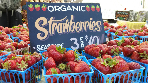 LG G3 Review: Sample photo shot at a farmer's market