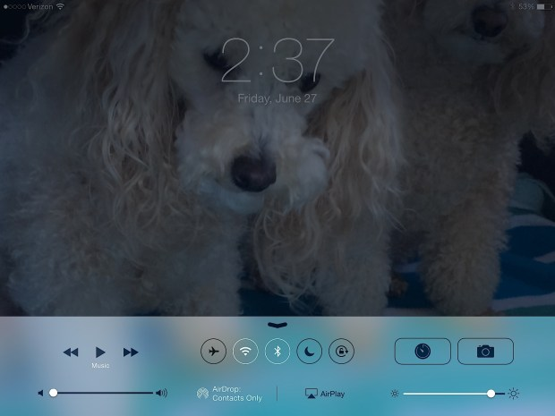 Control Center lets users control Do Not Disturb and Airplane mode.