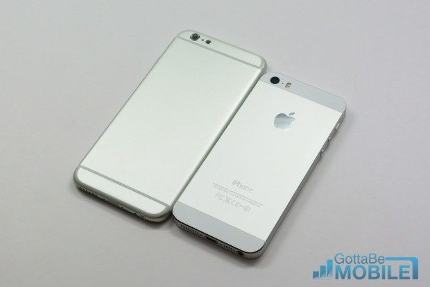 This iPhone 5s vs iPhone 6 photo shows a new design for the back of the iPhone, without glass like the iPhone 5s.