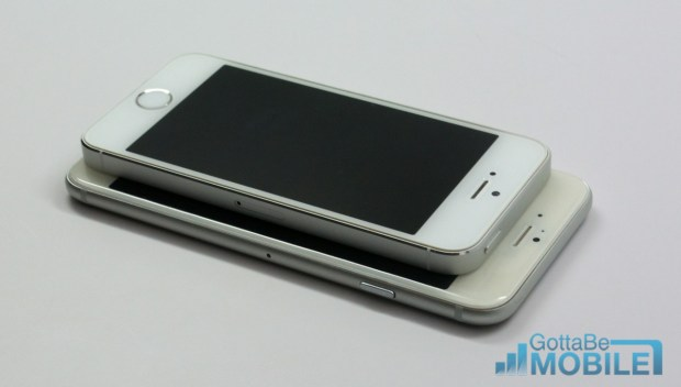 iPhone 5s vs iPhone 6 Video - Size