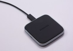 Galaxy S5 Wireless Charging S View Flip Cover Review - 9
