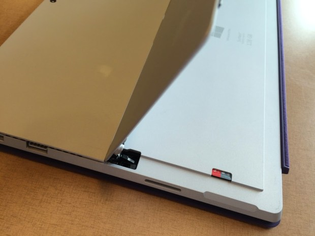 micro sd card slot on surface pro 3