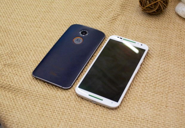 Motorola includes a number of new Moto X features that include voice, gestures and more.