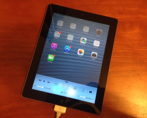iOS 8 iPad 3 early review