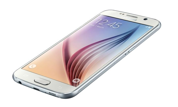 Samsung leaves a decent amount of storage available on the Galaxy S6.