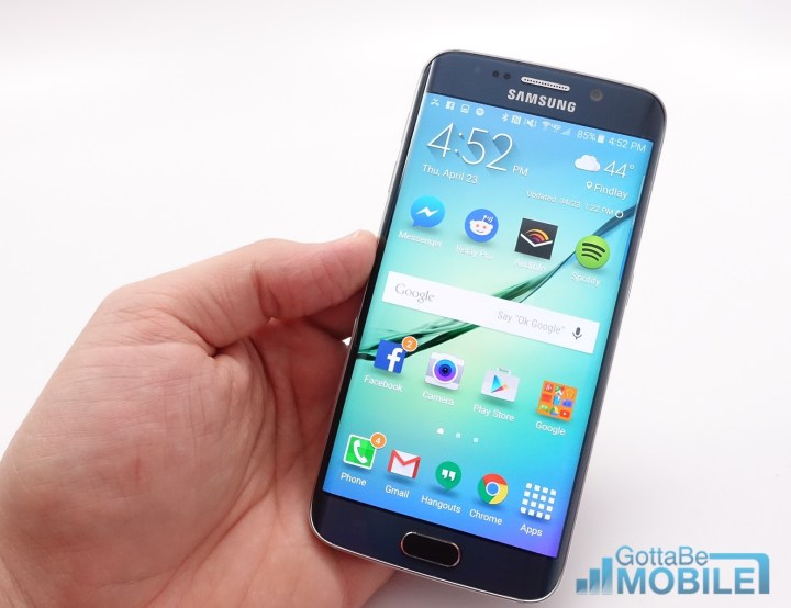 The Galaxy S6 Edge software is easy to use and nicer than previous models.