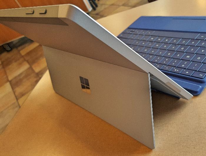 Microsoft Surface 3 Left Side