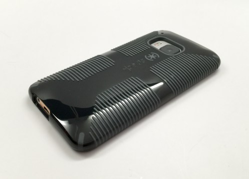 Speck CandyShell Grip HTC One M9 Case Review - 12