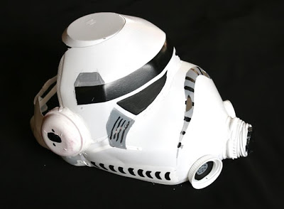 Fifth Wizardry shows how to make a Storm Trooper helmet out of milk jugs.
