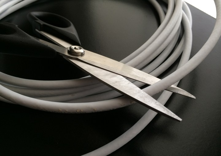 cord-cutting-cable