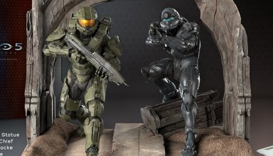 The Halo 5 Statue includes Master Chief and Spartan Locke.