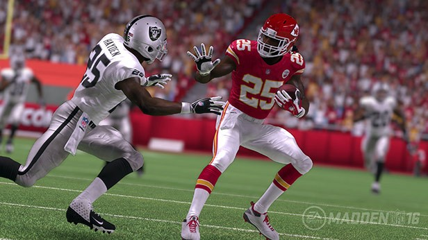 Madden 16 Gameplay Trailer at E3
