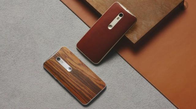 Moto-X-leather-wood