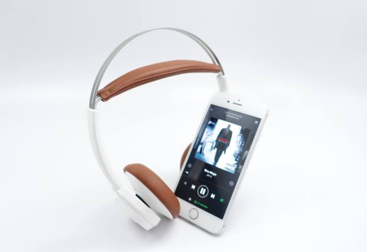 The Plantronics BackBeat Sense wireless headphones are excellent and well priced.