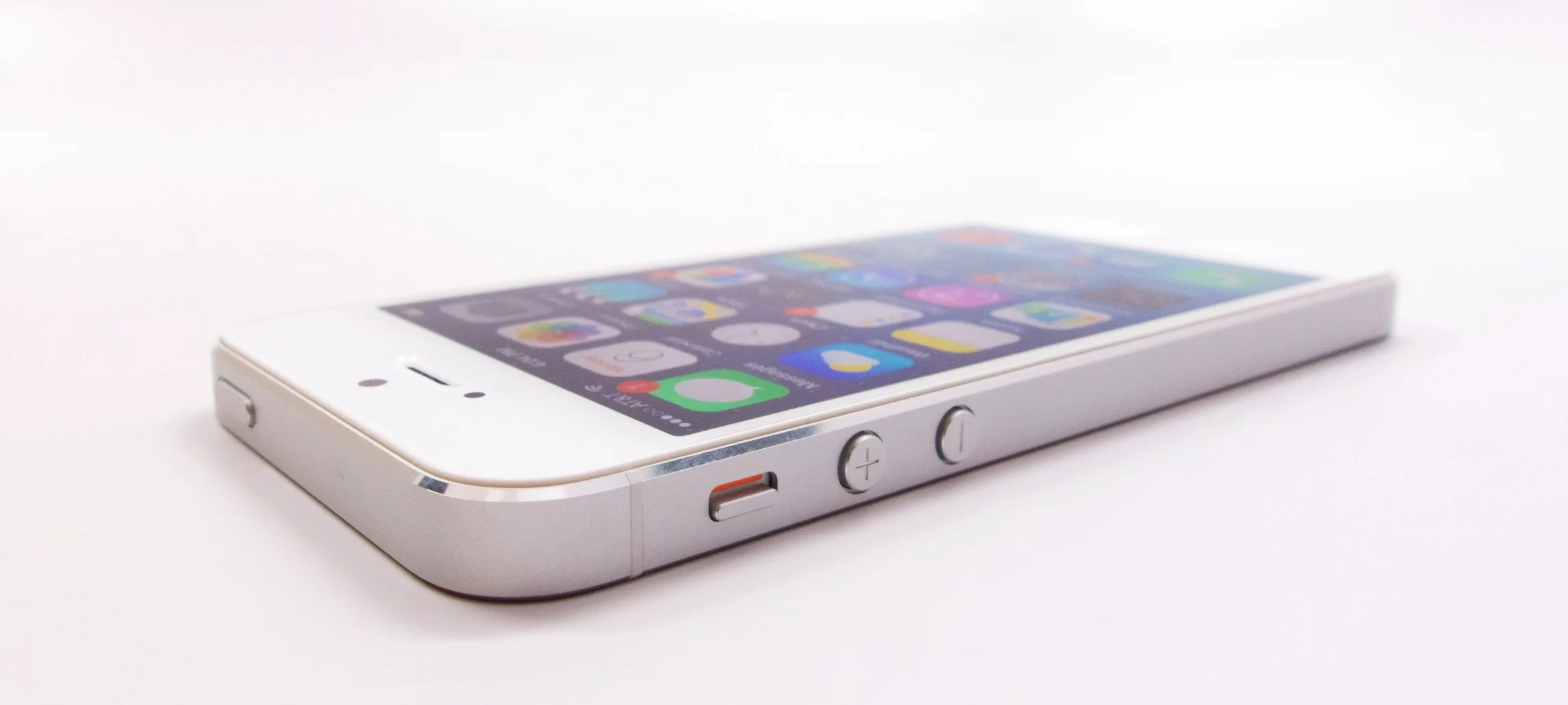 10 things to know about the iphone 5 ios 8 4 1 update. Black Bedroom Furniture Sets. Home Design Ideas