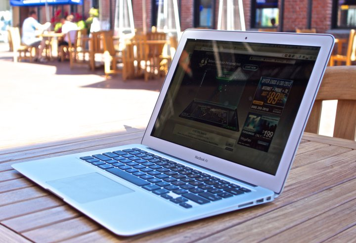 Here are the best MacBook Black Friday 2015 deals.