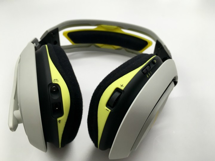 Astro A50 Review - Xbox One Headset - 5