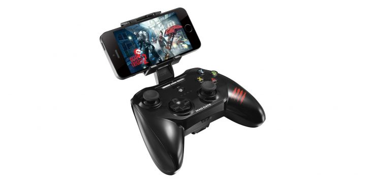Mad-Catz-C.T.R.L.i-Mobile-Gamepad