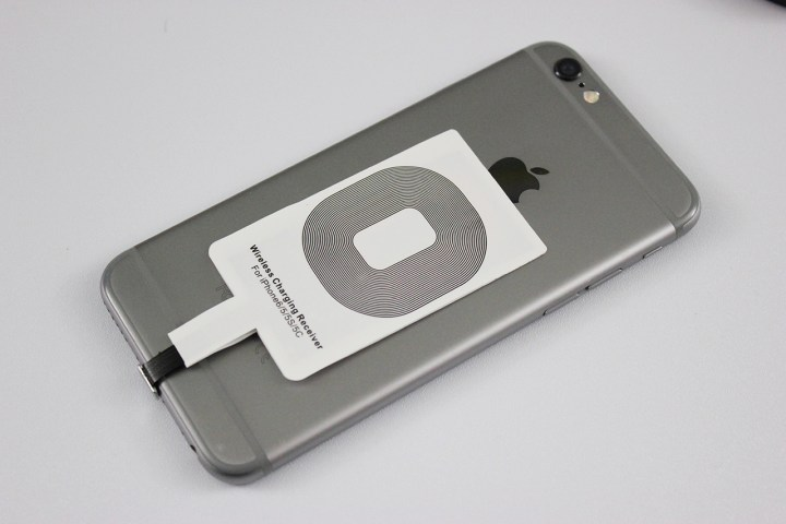 iphone-wireless-charger-1