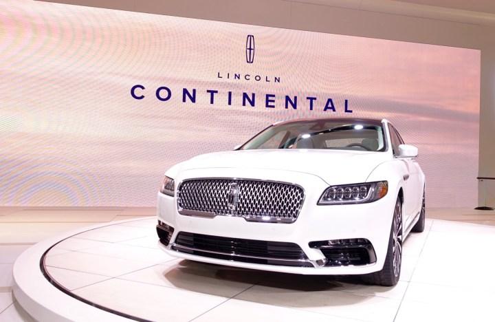 2017 Lincoln Continental - - 1