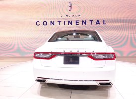 2017 Lincoln Continental - - 4